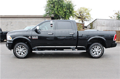 2017 Ram 2500 Crew Cab 4x4, Pickup #TG624685 - photo 4