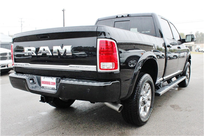 2017 Ram 2500 Crew Cab 4x4, Pickup #TG624685 - photo 2