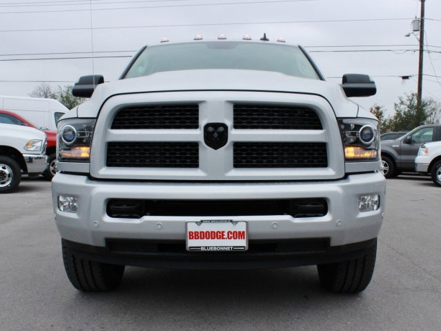 2017 Ram 2500 Mega Cab 4x4, Pickup #TG624707 - photo 4