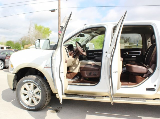 2017 Ram 2500 Crew Cab 4x4, Pickup #TG639596 - photo 15