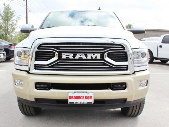 2017 Ram 2500 Crew Cab 4x4, Pickup #TG639596 - photo 4
