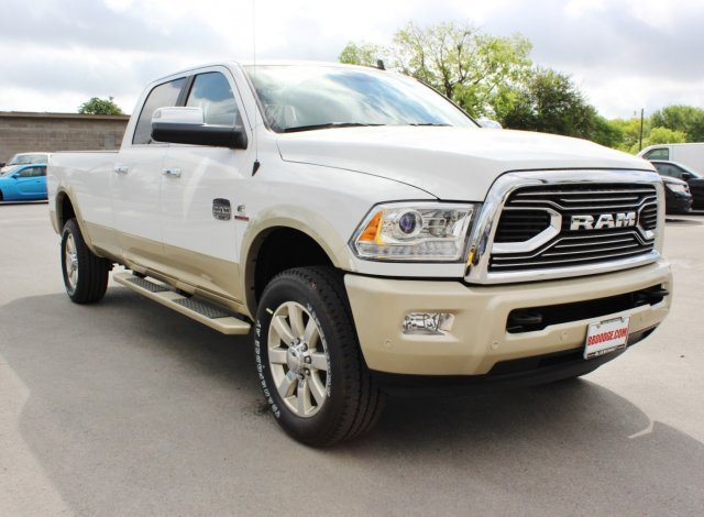 2017 Ram 2500 Crew Cab 4x4, Pickup #TG639596 - photo 5