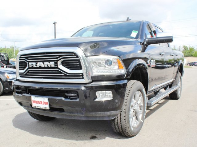 2017 Ram 2500 Crew Cab 4x4, Pickup #TG644658 - photo 3