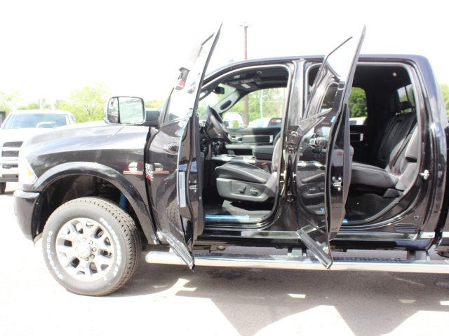 2017 Ram 2500 Crew Cab 4x4, Pickup #TG644658 - photo 16