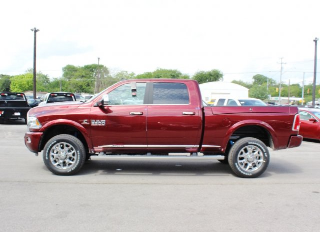 2017 Ram 2500 Crew Cab 4x4, Pickup #TG644661 - photo 4