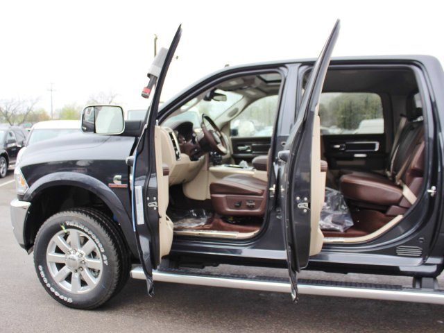 2017 Ram 2500 Crew Cab 4x4 Pickup #TG644671 - photo 16