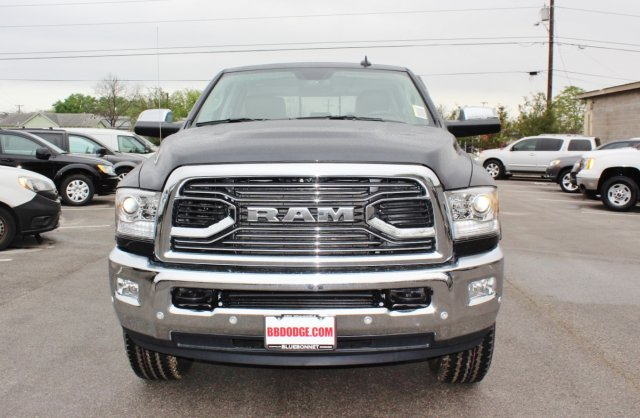 2017 Ram 2500 Crew Cab 4x4 Pickup #TG644671 - photo 4