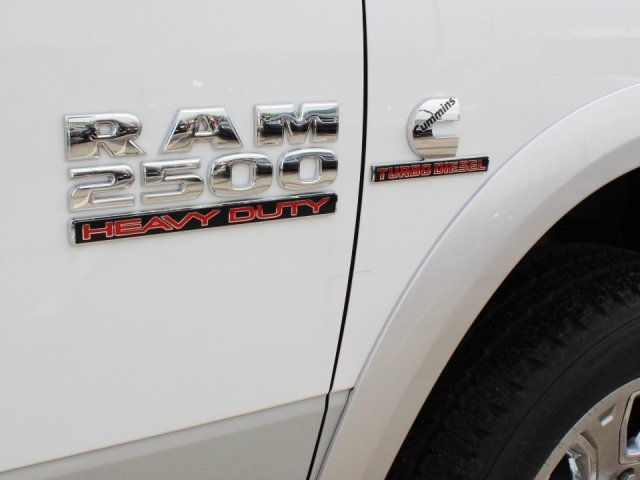 2017 Ram 2500 Crew Cab 4x4, Pickup #TG644672 - photo 11