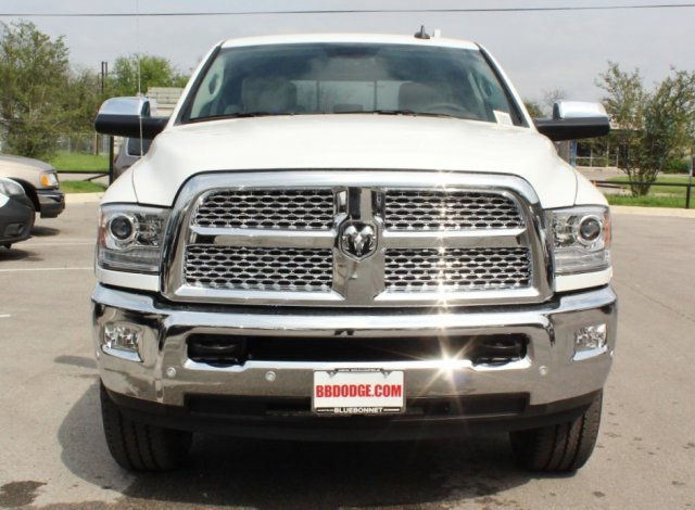 2017 Ram 2500 Crew Cab 4x4, Pickup #TG644672 - photo 4