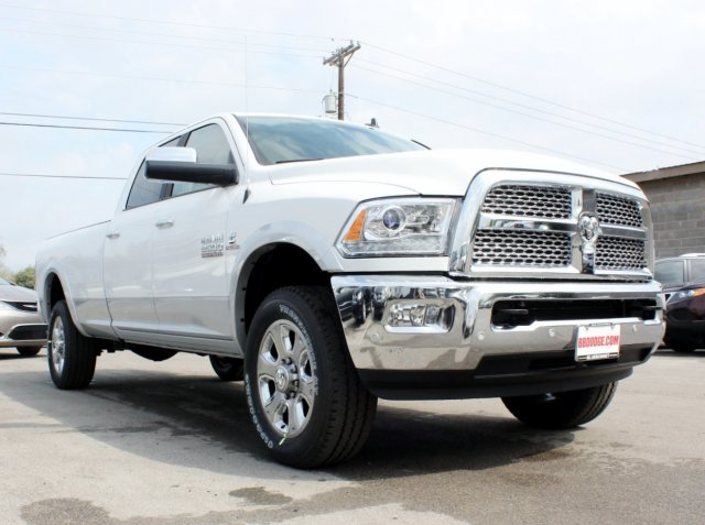 2017 Ram 2500 Crew Cab 4x4, Pickup #TG644672 - photo 5
