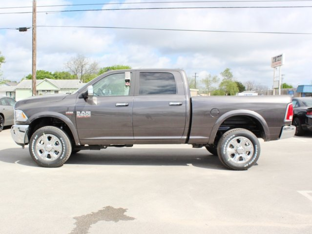 2017 Ram 2500 Crew Cab 4x4, Pickup #TG644673 - photo 3