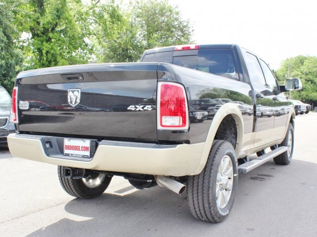 2017 Ram 2500 Crew Cab 4x4, Pickup #TG664300 - photo 2