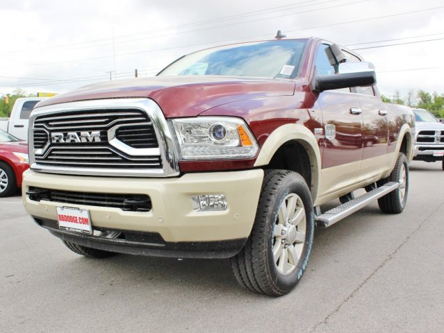 2017 Ram 2500 Crew Cab 4x4, Pickup #TG664301 - photo 3