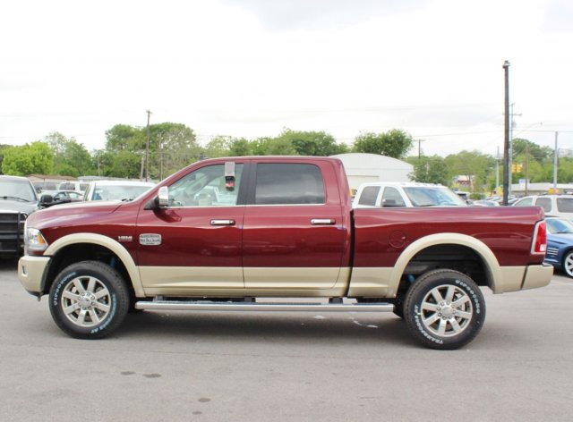 2017 Ram 2500 Crew Cab 4x4, Pickup #TG664301 - photo 4