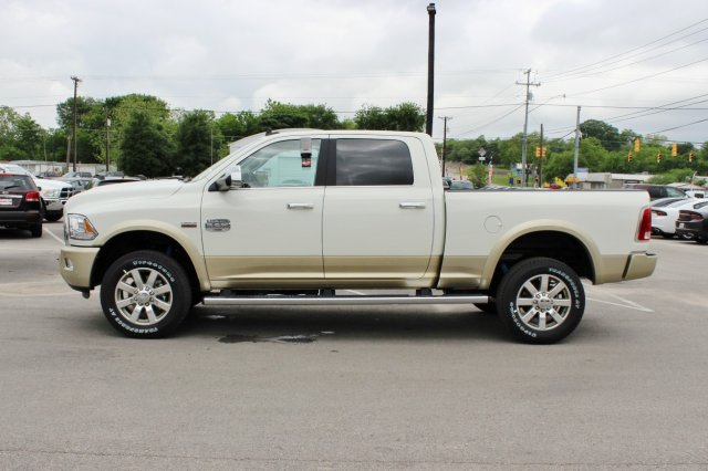 2017 Ram 2500 Crew Cab 4x4, Pickup #TG664302 - photo 2