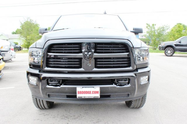 2017 Ram 2500 Crew Cab 4x4, Pickup #TG671341 - photo 4