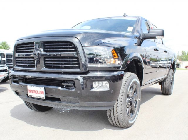 2017 Ram 2500 Crew Cab 4x4 Pickup #TG679790 - photo 3