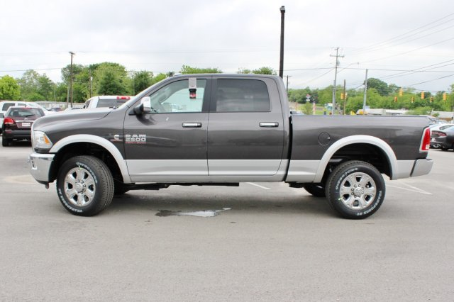 2017 Ram 2500 Crew Cab 4x4, Pickup #TG685216 - photo 3