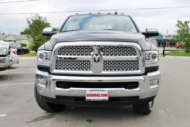 2017 Ram 2500 Crew Cab 4x4, Pickup #TG685216 - photo 4
