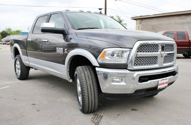 2017 Ram 2500 Crew Cab 4x4, Pickup #TG685216 - photo 5