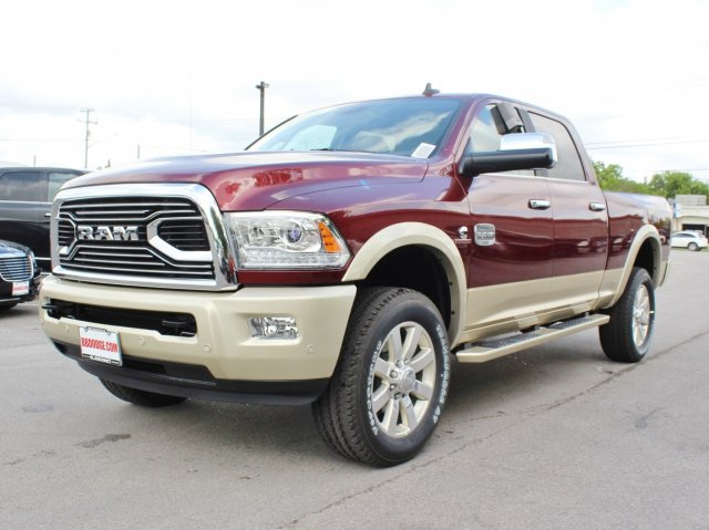 2017 Ram 2500 Crew Cab 4x4, Pickup #TG685226 - photo 3