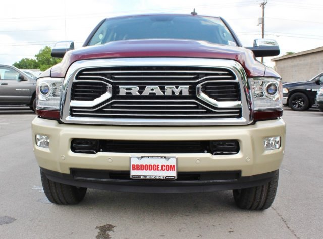 2017 Ram 2500 Crew Cab 4x4, Pickup #TG685226 - photo 4