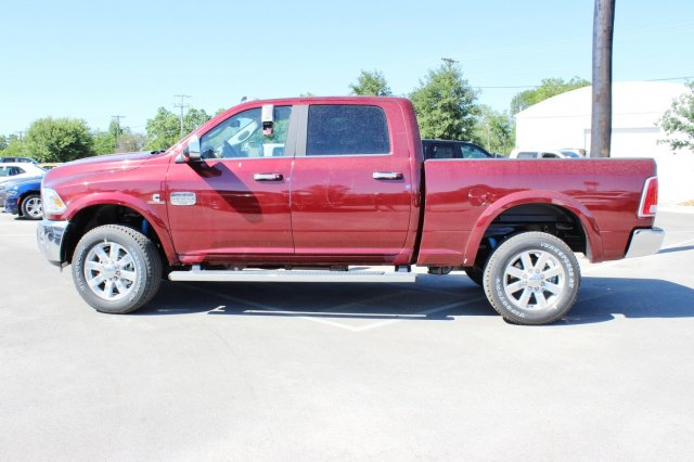 2017 Ram 2500 Crew Cab 4x4, Pickup #TG685227 - photo 4