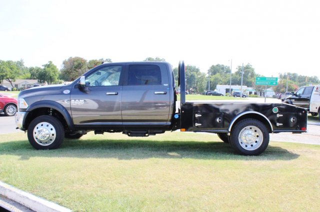 2017 Ram 5500 Crew Cab DRW 4x4, CM Truck Beds Hauler Body #TG686737 - photo 4