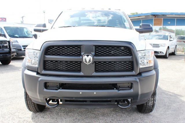 2017 Ram 5500 Regular Cab DRW 4x4 Hauler Body #TG686738 - photo 5