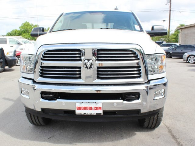 2017 Ram 2500 Crew Cab 4x4, Pickup #TG693434 - photo 3