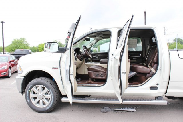 2017 Ram 2500 Crew Cab 4x4, Pickup #TG694092 - photo 16