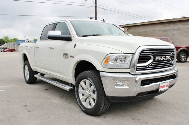2017 Ram 2500 Crew Cab 4x4, Pickup #TG694092 - photo 5