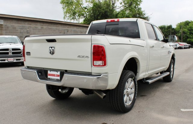 2017 Ram 2500 Crew Cab 4x4, Pickup #TG694092 - photo 2