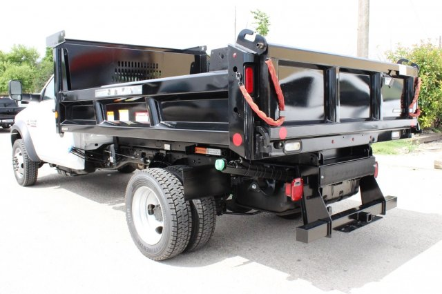 2017 Ram 5500 Regular Cab DRW 4x4, Dump Body #TG695538 - photo 2