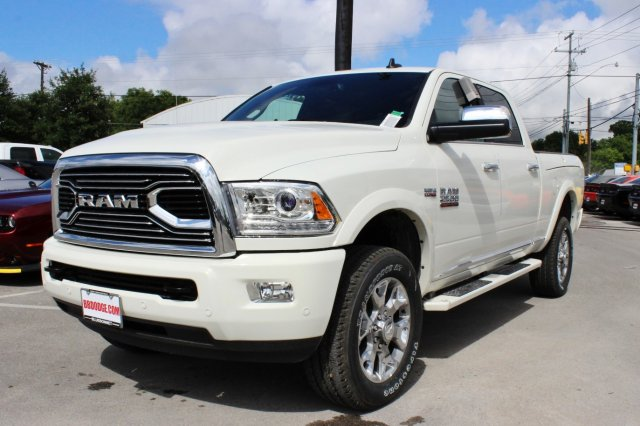 2017 Ram 2500 Crew Cab 4x4 Pickup #TG715764 - photo 1