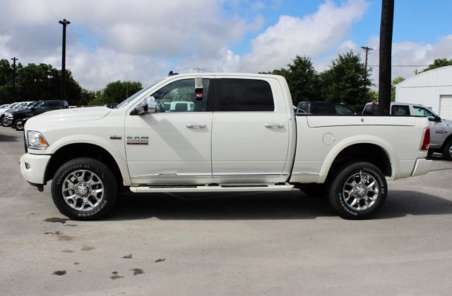 2017 Ram 2500 Crew Cab 4x4 Pickup #TG715764 - photo 3