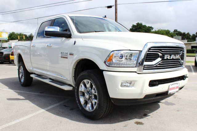 2017 Ram 2500 Crew Cab 4x4 Pickup #TG715764 - photo 5
