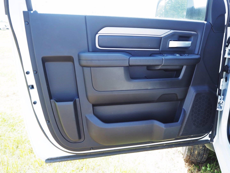 2019 Ram 5500 Regular Cab DRW 4x2, Axton Truck Equipment Flatbed #TG717489 - photo 8