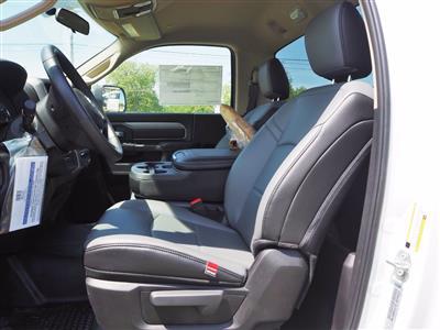 2019 Ram 5500 Regular Cab DRW 4x2, Axton Truck Equipment Flatbed #TG717489 - photo 5