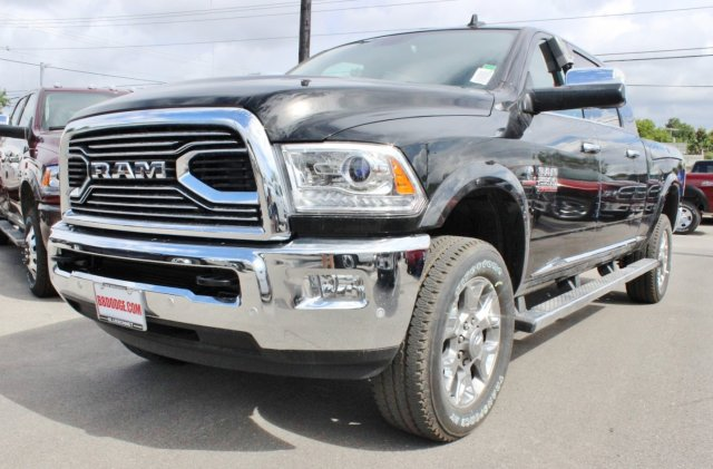 2017 Ram 2500 Mega Cab 4x4, Pickup #TG732294 - photo 4