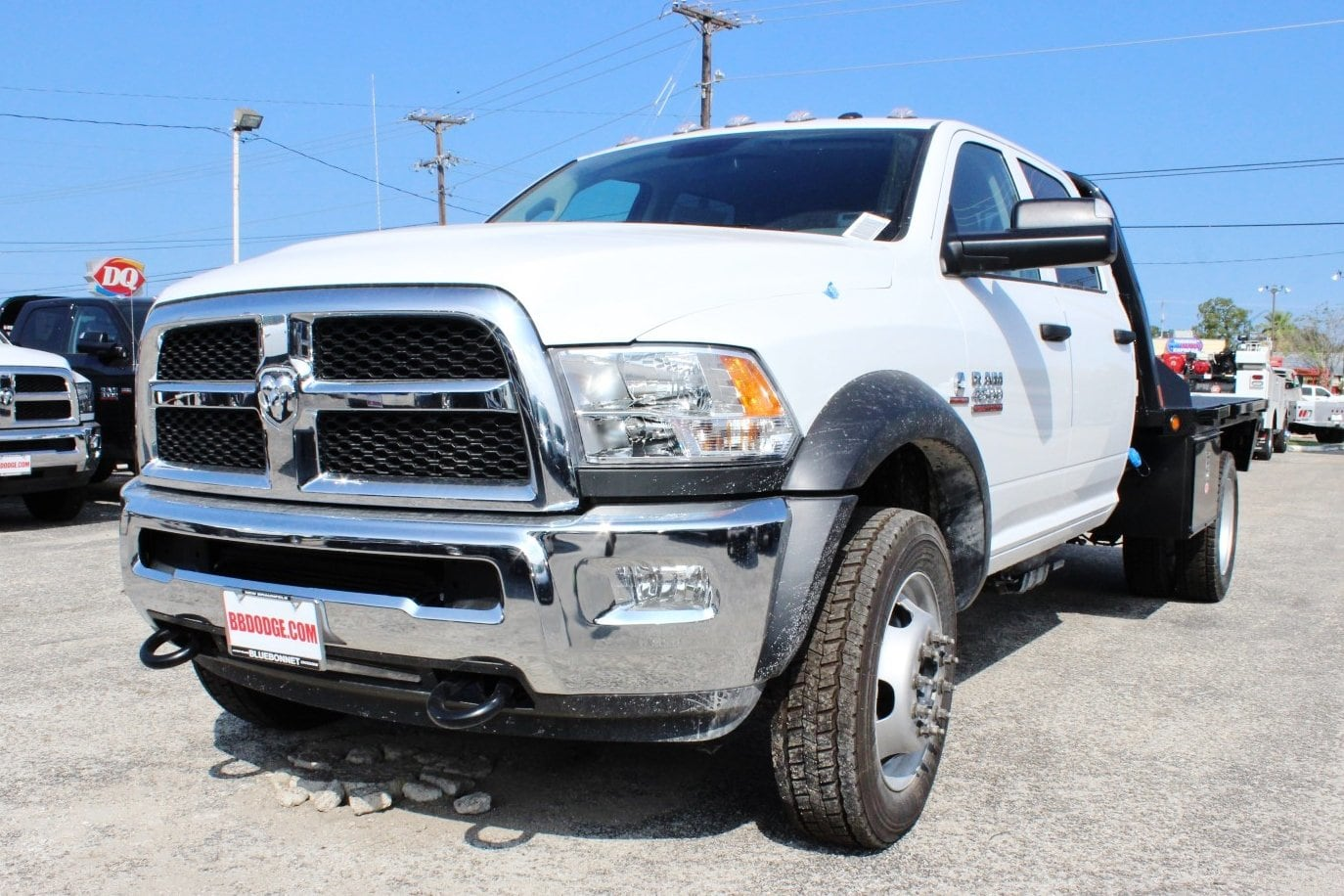 2017 Ram 4500 Crew Cab DRW 4x4 Flatbed #TG734236 - photo 3