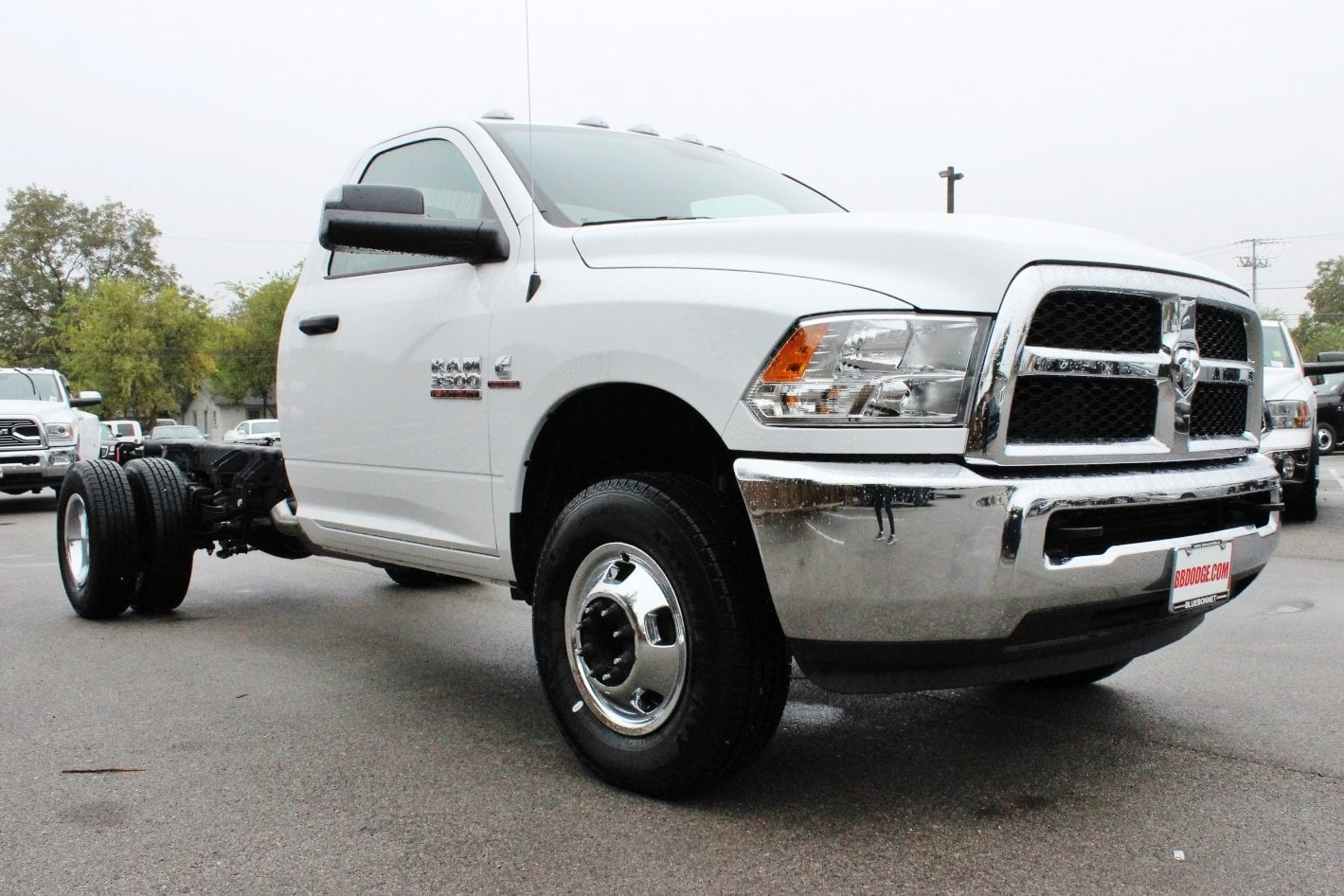 2017 Ram 3500 Regular Cab DRW Cab Chassis #TG737473 - photo 5
