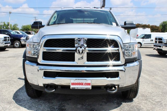 2017 Ram 4500 Crew Cab DRW 4x4, Flatbed #TG738163 - photo 5