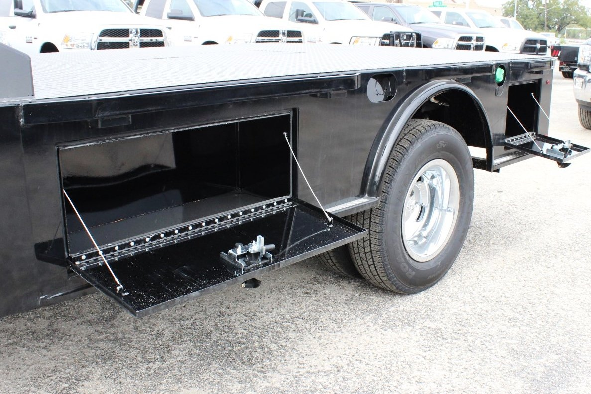 2017 Ram 3500 Regular Cab DRW 4x4 Hauler Body #TG739875 - photo 13
