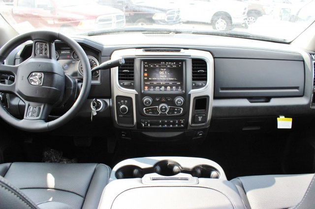 2017 Ram 2500 Crew Cab 4x4 Pickup #TG748246 - photo 6