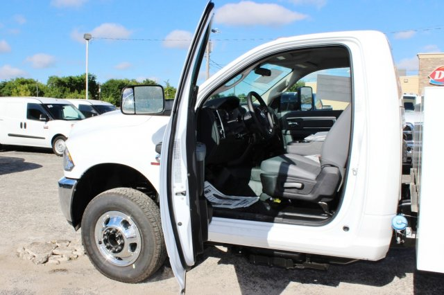 2017 Ram 3500 Regular Cab DRW 4x4, Stahl Service Body #TG758853 - photo 13