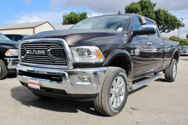 2017 Ram 2500 Crew Cab 4x4 Pickup #TG764271 - photo 3