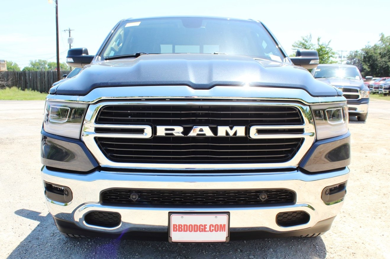 2019 Ram 1500 Crew Cab 4x2,  Pickup #TN543624 - photo 4