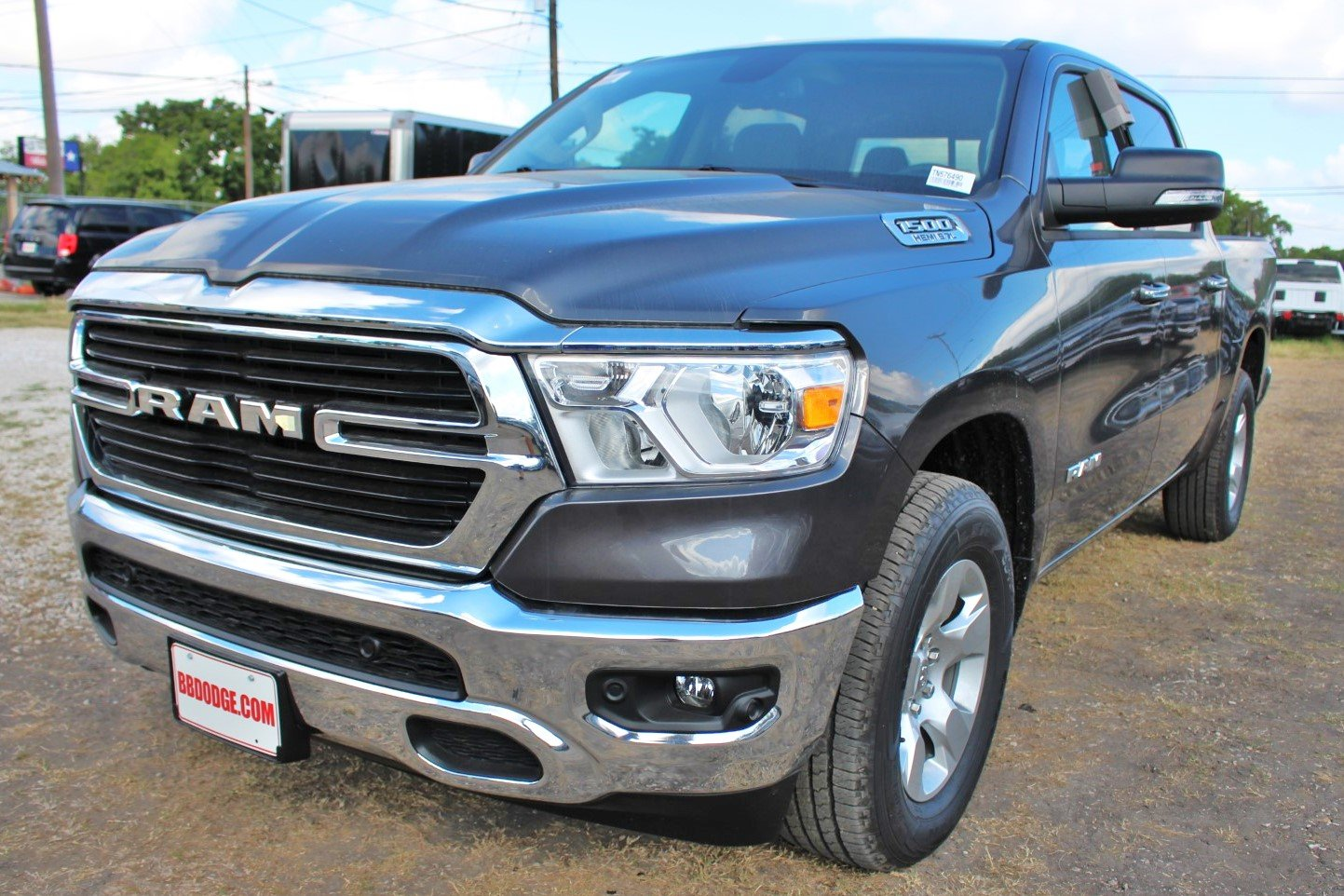 2019 Ram 1500 Crew Cab 4x2,  Pickup #TN576490 - photo 3