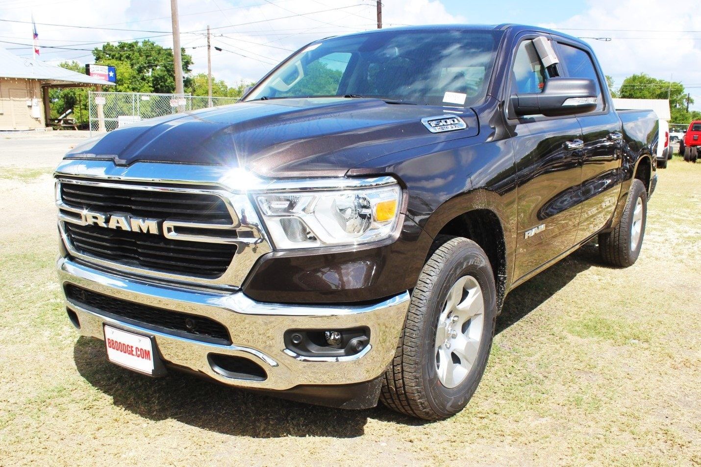 2019 Ram 1500 Crew Cab 4x2,  Pickup #TN576492 - photo 3